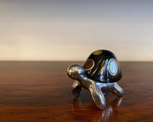 http://www.graphio-buro.com/blog/aluminum_tortoise.jpg