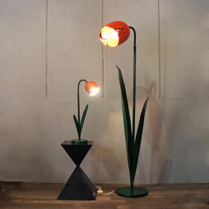 bliss_tulip_lamp2.JPG