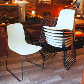 idee_lanue_stacking_chair11.JPG