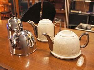 england_tea_pot_with_cover4.JPG
