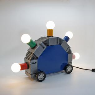 memphis_style_mecha_super_lamp3.JPG