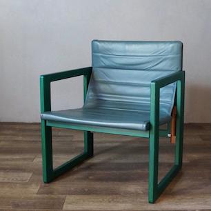 junzo_yoshimura_folding_chair1.jpg