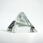 glass_pyramid3.jpg