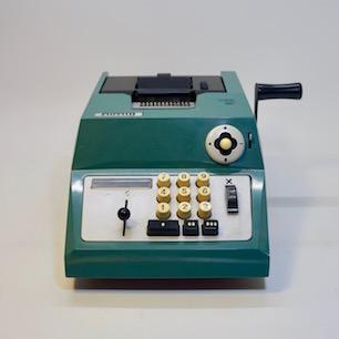 MarcelloNizzoli_OlivettiMechanical_calculator_summaprima20_01.jpg