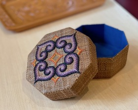 アイヌ刺繍 厚子織り ケース