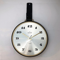 junghans_round_leather_clock2.jpeg