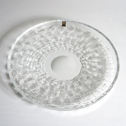 http://www.graphio-buro.com/blog/boro_crystal_cut_plate.JPG