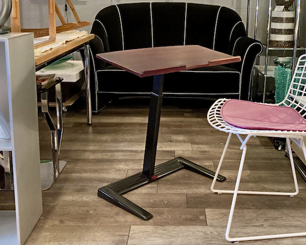 http://www.graphio-buro.com/blog/herman_miller_scooter.jpeg