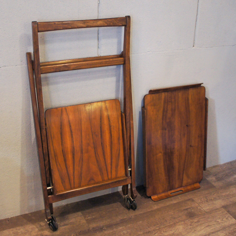 http://www.graphio-buro.com/blog/nasco_folding_trolley12.JPG