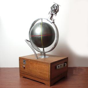 ジャイロ安定機付き地球儀
