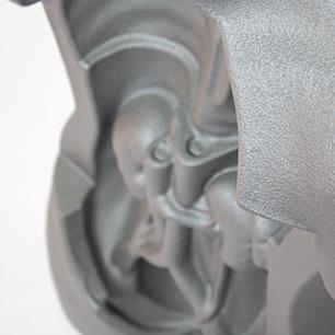 いぶし銀の人体模型