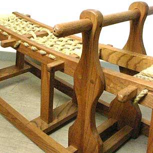 匠が創った木味の遊具