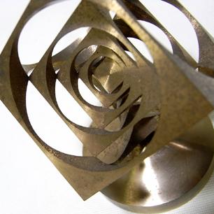 キューブとサークルの四次元体