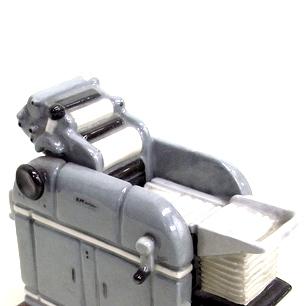 マルティ1250 卓上陶器模型