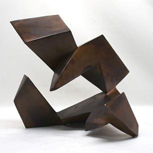 増殖する鉄の多面体