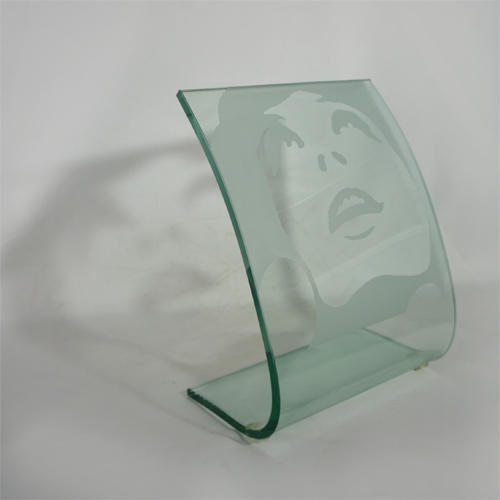 Fashion Gravure Relief Glass Plaque