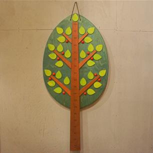 リンゴの木と背くらべ