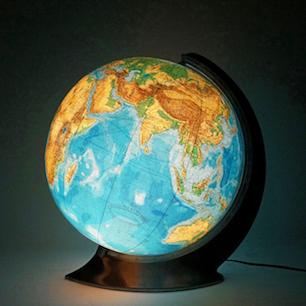 吹きガラス球体地球儀....という芸術