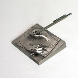M.C.ESCHER「Drawing Hands / 描く手」Metal Sculpture Pen Stand by XEROX