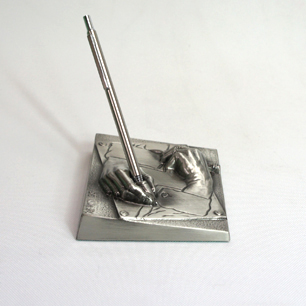 M.C.ESCHER「Drawing Hands / 描く手」Metal Sculpture Pen Stand by XEROX