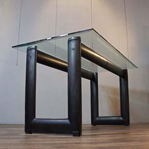 テーブルのイタリア建築