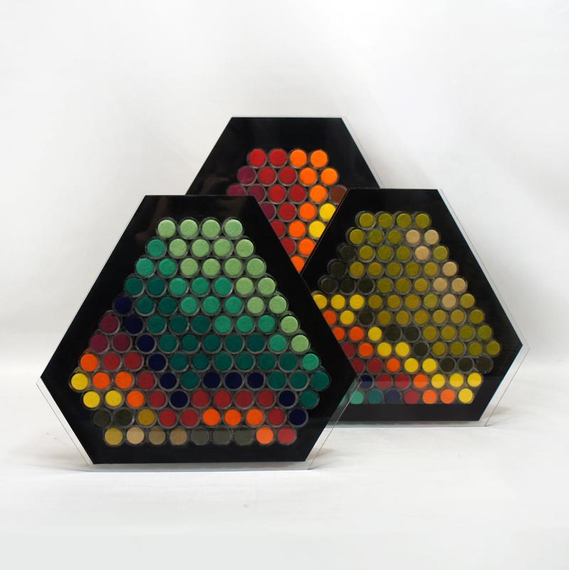 色彩のハニカム構造