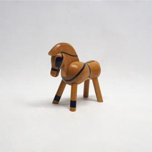 カイ・ボイスン「Pony with Harness」