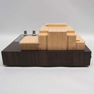 佐藤武夫/山下寿郎 他設計 '73年NHKホール落成記念7石ラジオ付模型