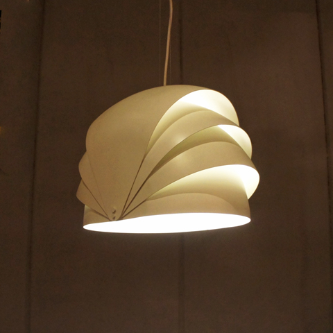 "Jorn Utzon ""シドニーオペラハウス"" 建築と照明"