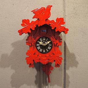 手塚時計の真っ赤な