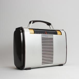世界を旅する真空管ラジオ