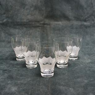Rosenthal「グラスに浮かぶ睡蓮花」