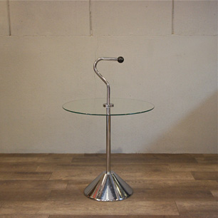 移動のためのデザイン「テーブル+持ち手」