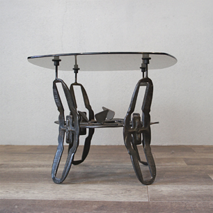 60's U.S. Iron Leg Art Table