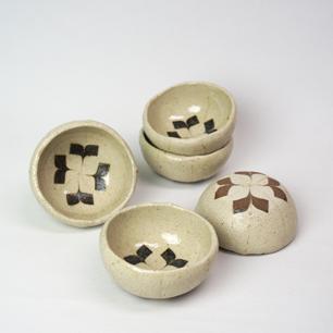 會田雄亮「ヤマボウシ」の器